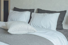 Clean bedding with king size bed Royalty Free Stock Images