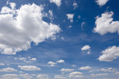 Clean blue sky and white clouds Royalty Free Stock Images