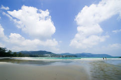 Clean and clear sand beach blue sky Royalty Free Stock Photography
