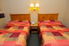 Clean hotel beds Royalty Free Stock Photography