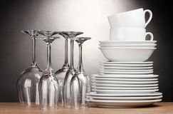 Free Clean Plates, Glasses And Cups Stock Photos - 22935963