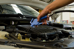 Cleaning Car Engine By Air Gun Royalty Free Stock Images