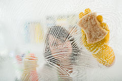 Cleaning glass surface Royalty Free Stock Photography
