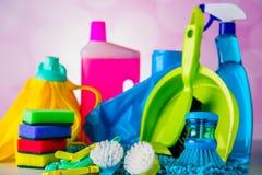Cleaning pojęcie na naszłym jaskrawym tle Obrazy Royalty Free
