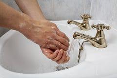 cleaning ręki Zdjęcia Royalty Free