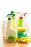Cleaning rzeczy gospodarstwa domowego kiści muśnięcia gąbki rękawiczka Fotografia Stock