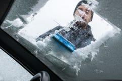 Cleaning samochód Od śniegu Obraz Royalty Free