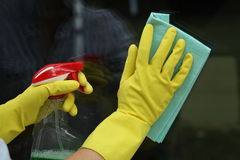 Cleaning windows Royalty Free Stock Photos