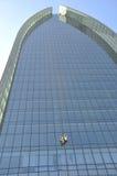 cleaningmanfönster fotografering för bildbyråer