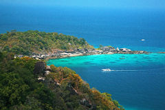 Clear water and white sand at Similan island Royalty Free Stock Photos