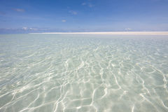 Clear watter of Kuramathi island Royalty Free Stock Photos