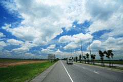 Clear Way. Road to Suwanabhum Airport Thailand with Clear Sky Royalty Free Stock Image