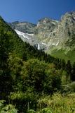 Clearing hundred-meter waterfall Dzhuguturluchat Royalty Free Stock Photography