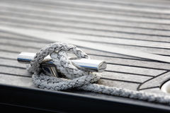 Cleat hitch knot on knight Royalty Free Stock Photos