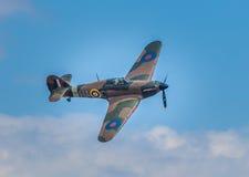 Cleethorpes England - Juli 28, 2013: GatuförsäljareHurricane flygplan Royaltyfria Bilder