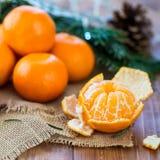 Clementine Tangerine fresca descascada imagens de stock