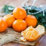 Clementine Tangerine fresca descascada imagem de stock