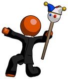 Clergé orange Man Holding Jester Staff Posing Charismatically illustration libre de droits