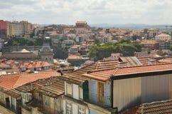 从Clerigos塔的都市风景 免版税库存图片