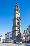 Clerigos tornTorre DOS Clerigos i Porto Arkivbild