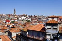 Clerigos-Turm und alte Stadt Porto Stockfoto