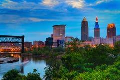 Cleveland bij Schemer Stock Afbeeldingen