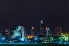 Cleveland du centre avec le musée de rock Photographie stock