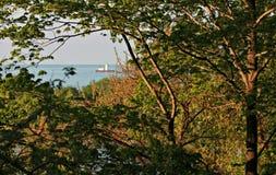 Cleveland Lighthouse von einem Park Stockbild