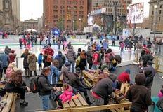 2018-2019 Cleveland placu jazdy na łyżwach lodowisko podczas Winterfest zdjęcie royalty free