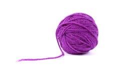 Clew van de bal van mauve wol Stock Afbeelding