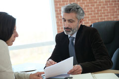 Client meeting attorney for advice Royalty Free Stock Photos