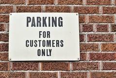 Cliente che parcheggia soltanto Fotografia Stock Libera da Diritti