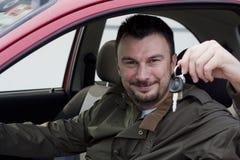 Cliente con la nuova automobile Immagine Stock