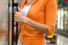 Cliente del supermercato Immagini Stock