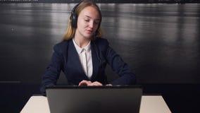 Cliente di Cosulting dell'operatore di call center video d archivio