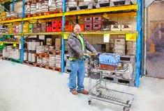 Cliente in negozio immagini stock