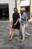 Clientes no stroeget durante a semana de moda Fotografia de Stock Royalty Free