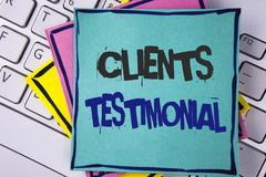 Clients d'écriture des textes d'écriture testimoniaux Les expériences personnelles de clients de signification de concept passe e Image libre de droits