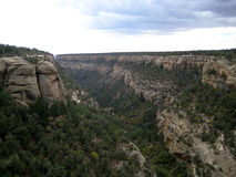 Cliff canyon in Mesa Verde (USA) (horizontal) Royalty Free Stock Photos