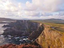 Cliff& x27 di Kerry; s Irlanda Immagine Stock