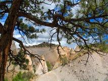 Cliff Formations blanc du porte-malheur de Kashe Katuwe photos libres de droits