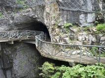 Cliff Hanging Walkway bij Tianmen-Berg, de Hemel` s Poort in Zhangjiagie, de Provincie van Hunan, China, Azië royalty-vrije stock fotografie