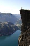 cliff ludzi na szczyt Zdjęcie Royalty Free