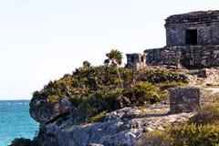 Cliff and Mayan Ruins Royalty Free Stock Photos