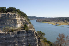 Cliff next to lake Austin Royalty Free Stock Photography