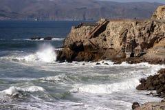 cliff pod domem Zdjęcie Royalty Free