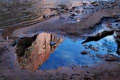 cliff reflections zion Στοκ εικόνα με δικαίωμα ελεύθερης χρήσης