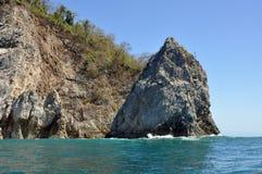 Cliff Rising de l'océan image libre de droits