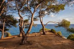Cliff Top Terrace Viewpoint en el mar Mediterráneo Fotos de archivo