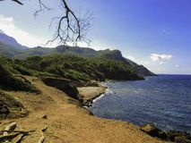 Clifflandscape door het overzees stock fotografie